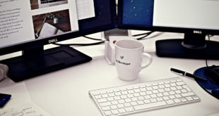 Mac-Apple-Macintosh-arbeitsplatz-chaos